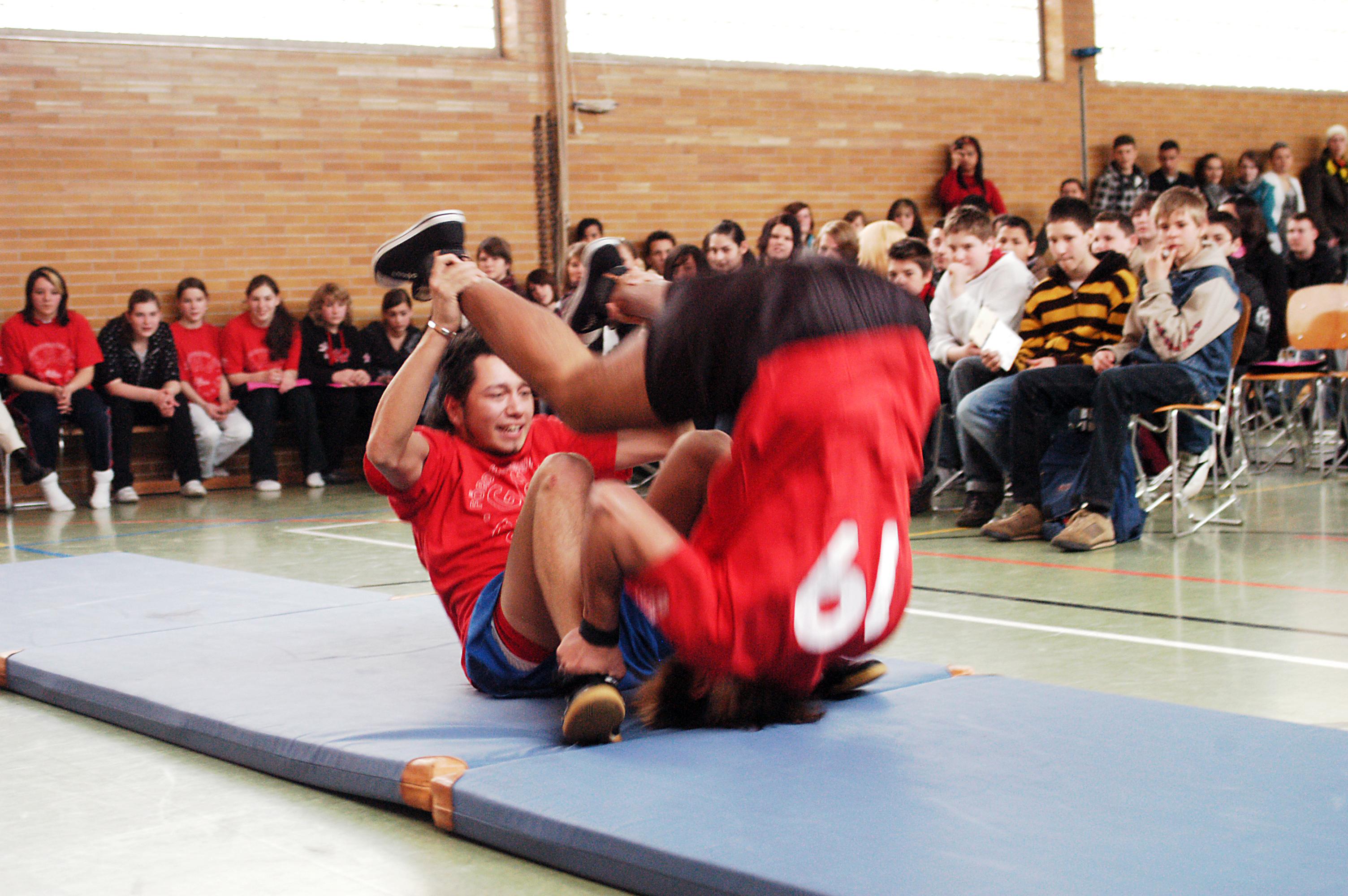 Wie viel Bewegung kommt in die Turnhallen-Frage? Mit Auslaufen der Hauptschule im Jahr 2016 stünde die einzige Rahmeder Sportstätte ebenfalls zur Dispositon.