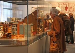 Auf der Burg und im Deutschen Drahtmuseum gibt es die Miniaturwelten noch bis Februar zu besichtigen. Foto: Pressestelle MK