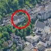 Dieses Luftbild zeigt die schwierige Lage des ehemaligen Hotels Sauerland am Burgberg.