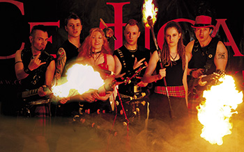 Cultus Ferox spielt am ersten Abend des Altenaer Mittelalterspektakels auf Burg Altena.