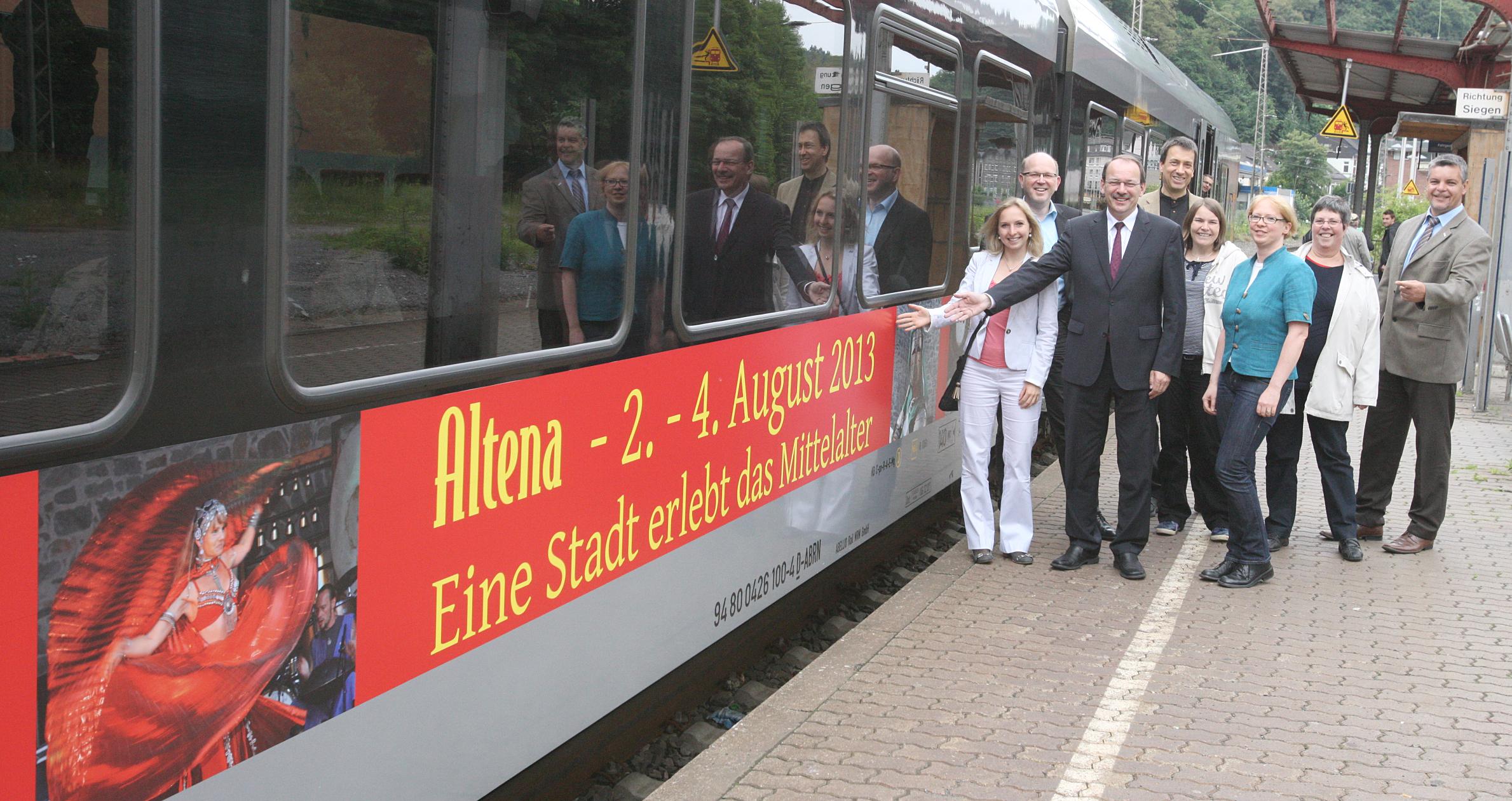 Die Werbekampagne für das Altenaer Mittelalterfestival rollt.